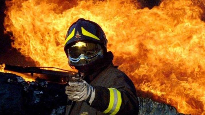 Quanto guadagna un vigile del fuoco biponline biponline for Quanto costa mantenere un cavallo